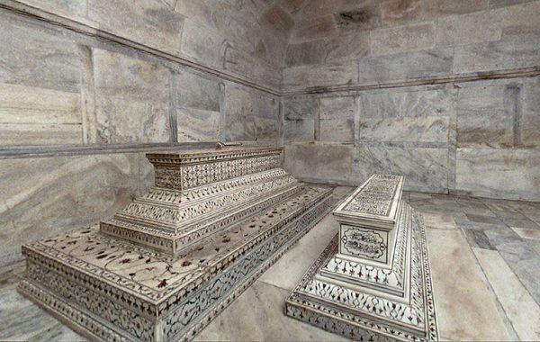 ताज महल का इतिहास हिन्दी में